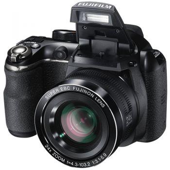 Aparatul Foto Bridge Fujifilm FinePix S4000 si S4200