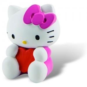 Jucarii figurine Hello Kitty - Pisicuta roz cu inimioara de Sfantul Valentin