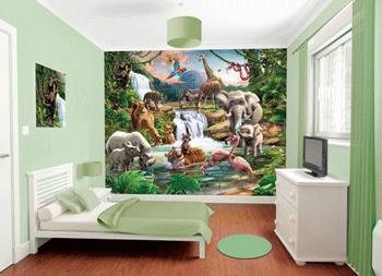 Tapet pentru camera de baietei cu motiv Jungle Adventure, in culori magice, cu animalele salbatice ale junglei.