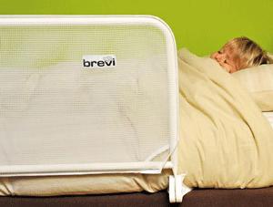 Margine de siguranta pentru patul copilului
