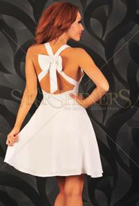 Rochita alba PrettyGirl de la StarShiners este deosebita, alege sa ai un look delicat si feminin.