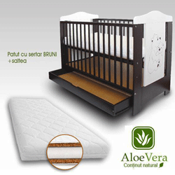 Patut bebe cu Sertar Bruni din lemn masiv + Saltea Aloe Vera
