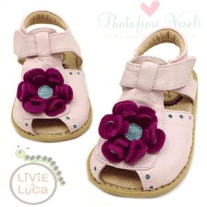 Sandale elegante din piele culoare roz cu floricica Livie and Luca accesorizate cu floricica
