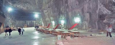 Salina Praid - Transilvania - Judetul Harghita - baza de tratament, spital si strand cu apa sarata