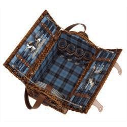 Cos de picnic din rachita echipat