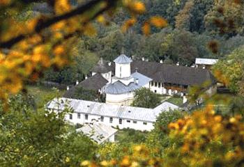 Manastirea Polovragi Tg Jiu