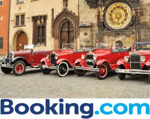 Turul orasului Praga in masini de epoca