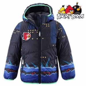 O jacheta reversibila de iarna Angry Birds pentru baieti cu varsta intre 2 si 5 ani.
