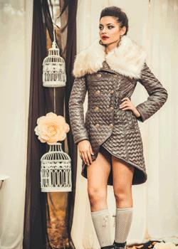 Palton de dama cu guler din blanita