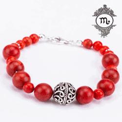 O brățară specială din argint datorită pietrelor de coral de o culoare exceptionala, pietre semipretioase ce sunt benefice si recomandate femeilor nascute in Zodia Scorpion.