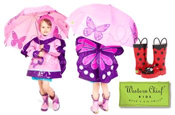 Gecute, cizmulite si umbrele de ploaie pentru baieti si fetite