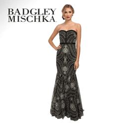 Rochii elegante de lux Badgley Mischka accesorizate cu bijuterii