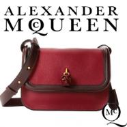 Genti exclusiviste de designer Alexander McQueen