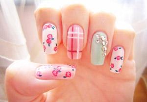 Fantastic decoration Nail Art
