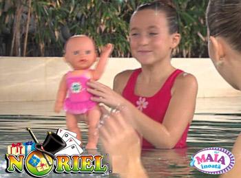 Jucarii interactive - Papusa Maia care inoata la Noriel