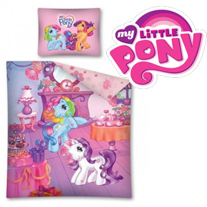 Lenjerie de pat Disney My Little Pony 160 x 200 cm. Lenjerie de pat My Little Pony 160x200cm. Compozitie material: 100% bumbac. Dimensiune perna: 70x80 cm.