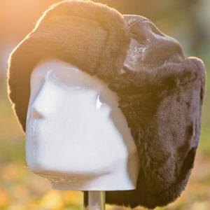 Caciuli imblanite cu blana naturala pentru barbati. Preturi mici.