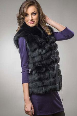 Vesta din blana naturala de vulpe neagra