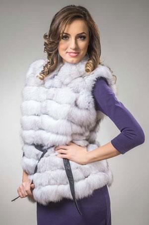 Vesta femei confectionata din blana naturala de vulpe polara