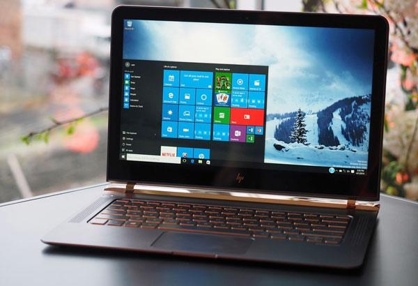 Noul Laptop HP Spectre cu mai putin de 11mm grosime