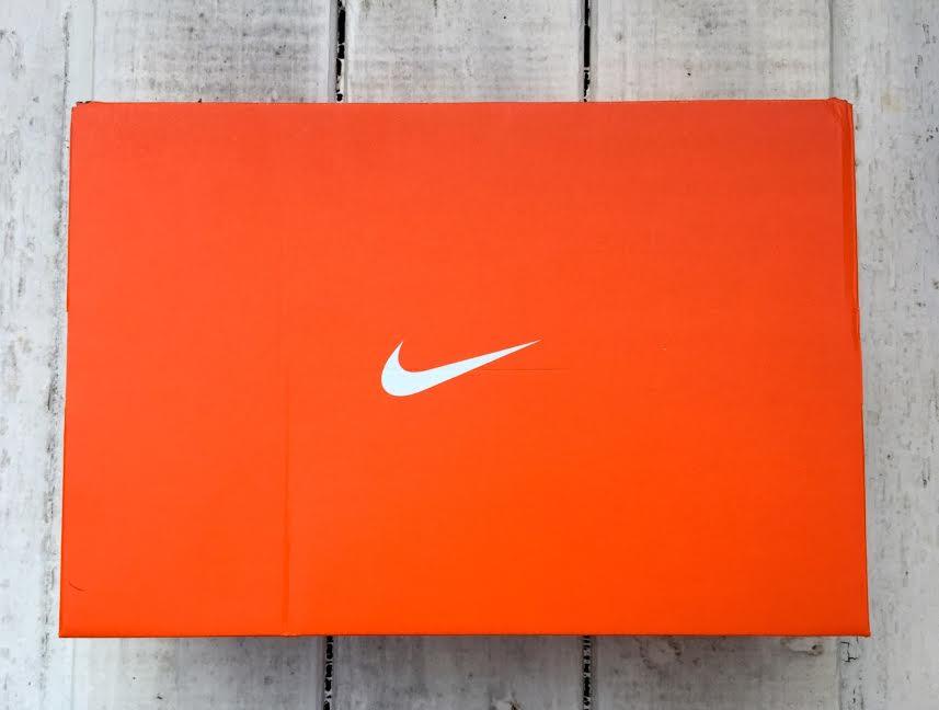 Cutie incaltaminte Nike autentica