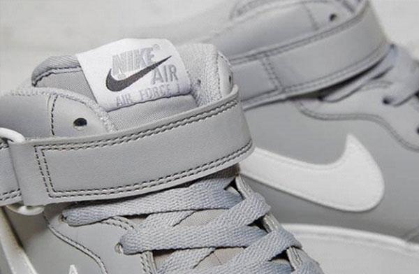 Eticheta exterioara Nike autentic