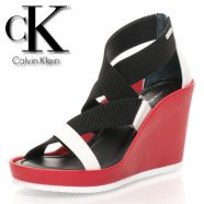 Incaltaminte Calvin Klein, revine sezonul platformelor!