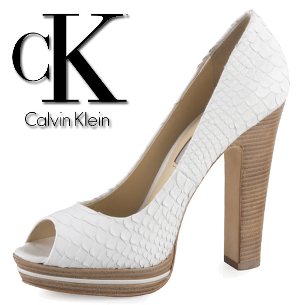 Pantofi Calvin Klein cu toc si varf decupat
