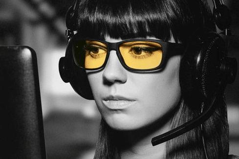 Ochelarii de protectie profesionali Gunnar – protejeaza ochii in era digitala